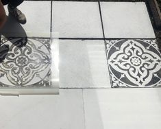 How To Stencil Your Patio Flags Concrete Flags, Stencil Concrete, Concrete Patio, Painting Tile Floors, Painting Concrete, Painted Floors, Back Garden Landscaping, Backyard Patio Designs, Patio Ideas