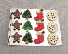 Hey, I found this really awesome Etsy listing at https://www.etsy.com/listing/63674774/dollhouse-miniature-christmas-cookies-on