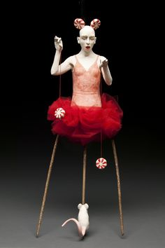 Kirsten Stingle's Dark Circus Sculptures Will Give You the Creeps | Lost in Internet