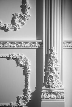 Decorative mouldings and architectural ornamentation by Pearlworks. Resin casted trims and flexible molding for interior and exterior design and construction, fine architectural wood carvings. Gypsum Ceiling Design, Classic House Design, Plafond Design, Plaster Art, Decorative Mouldings, Wall Molding, Moldings And Trim, Classic Interior, Elegant Homes