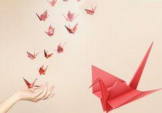 Delicadas grullas de papel con origami
