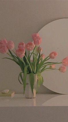 Soft Wallpaper, Aesthetic Pastel Wallpaper, Flower Wallpaper, Wallpaper Backgrounds, Aesthetic Wallpapers, Peach Aesthetic, Flower Aesthetic, Aesthetic Art, Aesthetic Pictures