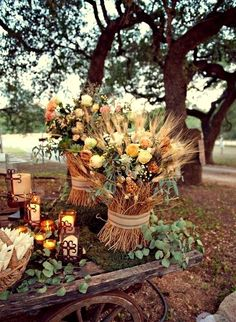 beautiful fall wedding reception florals and display LOVE!!! ^_^