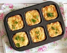 Pastel de papa y queso muy facil, economico y rico. Descubre la receta en: mundoreceta.blogspot.com./2015/05/pastel-de-papa-con-queso-al-horno.html