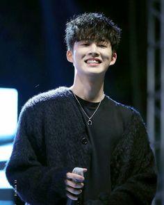 in Suncheonhyang University Festival Yg Ikon, Kim Hanbin Ikon, Chanwoo Ikon, Ikon Kpop, K Pop, Bobby, Ikon Leader, Hip Hop, Ikon Debut