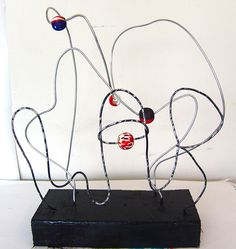 Cool Stuff Art Gallery: Abstract Bead Wire Sculpture Art Project