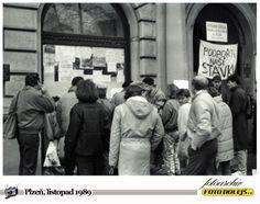 Sametová revoluce v Plzni. Foto Pavel Dolejš.
