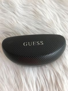 c3b044b02aab GUESS by Marciano Black Hard Clamshell Protective Case Eyeglass Sunglasses  Case