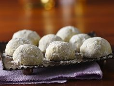 Russian Tea Cakes using Gluten-free Bisquick Mix!