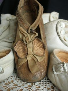 The Rustic Victorian: Insomnia and Shoes