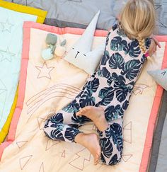 Inspired by little dreamers, curious adventurers and cute pirates on their journey, Fabelab has created an æsthetic universe of organic textiles to cuddle, sleep and get comfortable with. Fashion Room, Kids Fashion, Special Needs Mom, Textiles, Kidsroom, Kid Beds, Kids Decor, Kids Bedroom, Bedroom Decor