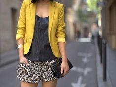 Combinação fashion: oncinha + mostarda!