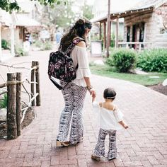 Sandy A La Mode recaps her top IG posts related to her Mommy and Me outfits series. Find out what her top posts were in 2016 and become a fan! | mommy + me outfit ideas | mommy and me fashion | fashion tips for moms and daughters | how to style a mommy and me outfit | mommy and me style ideas || Sandy A La Mode