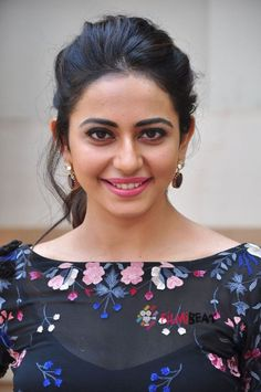 Rakul Preet Singh is a South Indian Actress and Model. She has acted in Kannada and Tamil Movies. Beautiful Bollywood Actress, Most Beautiful Indian Actress, Beautiful Actresses, South Actress, South Indian Actress, Indian Film Actress, Indian Actresses, Tamil Actress, Fashion Designer