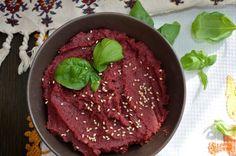 Buraczany hummus