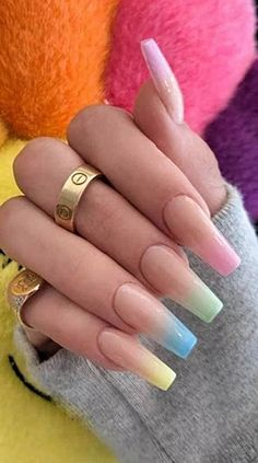 In seek out some nail designs and some ideas for your nails? Here is our set of must-try coffin acrylic nails for modern women. Summer Acrylic Nails, Best Acrylic Nails, Acrylic Nail Designs, Summer Nails, Coffin Nails Designs Summer, Spring Nails, Acrylic Nails Coffin Kylie Jenner, Coffin Ombre Nails, Kylie Nails