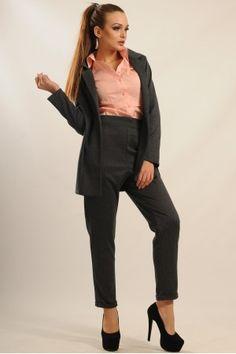 Ці стильні брюки чорно-сірого кольору Ви можете купити у нашому магазині.  Завжди в d8dc906ef3e7c