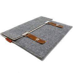 if i had a macbook air, this would be its sleeve.