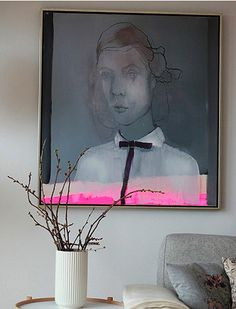 ....This image is engaging and reminds me of Picasso. It also has elements of Modigliani's work. The neon stripe makes it ultra fresh as the outfit tres modern....x
