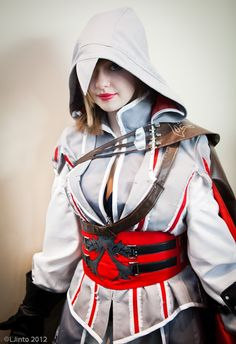 Female Ezio From Assassin's Creed II; See, crossplay like this makes it cool and possible for female cosplayers to really work a lot of male fantasy characters.