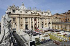 Opus Dei, bázisközösség és állambiztonsági hálózatok