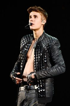 "Justin Bieber performs during his ""Believe"" Tour at Barclays Center. - NEW YORK, NY – AUGUST Justin Bieber performs during his 'Believe' Tour at Barclays Center - Justin Bieber Family, Justin Bieber Believe, Justin Bieber Pictures, Barclays Center, Justin Beiber Shirtless, Leather Men, Leather Pants, Boyfriend Justin, Believe Tour"