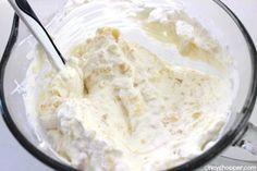 Pineapple Delight- Perfect cold dessert for summer bbqs or potlucks. So refreshing! Picnic Desserts, Cold Desserts, Homemade Desserts, Summer Desserts, Just Desserts, Pineapple Fluff, Pineapple Delight, Pineapple Cake, Pineapple Upside