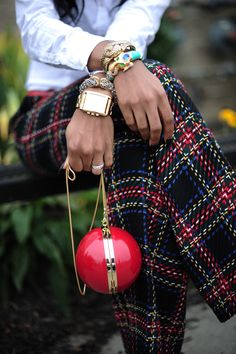 Tartan AND tweed. These cant get any better than this Tartan Mode, Tartan Plaid, Tweed, Looks Style, My Style, Tartan Christmas, Merry Christmas, Southern Christmas, Christmas Outfits