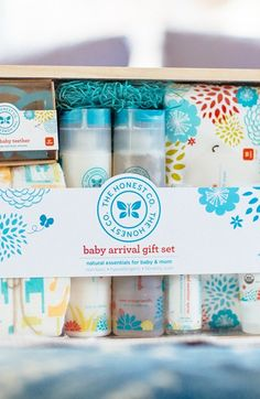 The Honest Company Baby Arrival Gift Set  - 35% off!