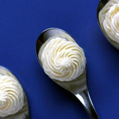 Low-Carb Marshmallow Fluff Frosting