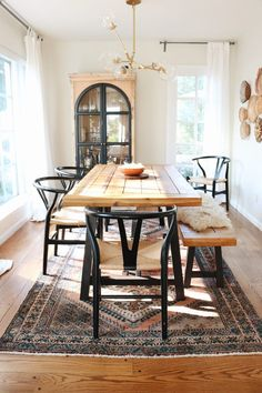 Modern Farmhouse Meets California Cool — House Call I fell in love with the big windows in the dining room, the hardwood floors, and overall it felt like a little home to us. Dining Room Design, Dining Room Furniture, Dining Room Table, Curtains In Dining Room, Wood Table, Home Decor Kitchen, Home Remodeling, Home Renovation, Sweet Home
