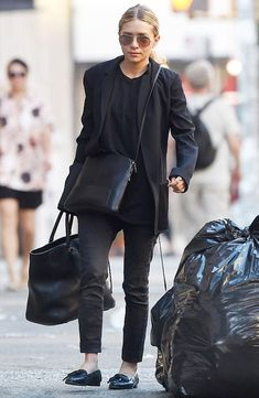 Ashley Olsen wearing a classic black look in NYC. #olsentwins #blackonblack #style #fashion