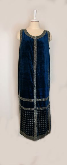 Blue velvet 1920s gown, also from the Lisa Ho auction lot. The silver-lined bugle beads haven't tarnished as much as many of the silver-lined beads from this era have. (hva)