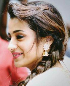 South Indian Actress Hot, Indian Bollywood Actress, Most Beautiful Indian Actress, Indian Actresses, Tamil Actress, Indian Long Hair Braid, Braids For Long Hair, Trisha Actress, Trisha Photos