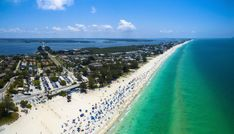 Beautiful sunny day in anna maria island, florida beach resorts. Best Beach In Florida, Old Florida, Florida Vacation, Florida Beaches, Vacation Packing, Sandy Beaches, Anna Maria Island, Ontario, Orlando