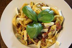 Kochleidenschaft: Tortellini mit Schinken und Basilikum