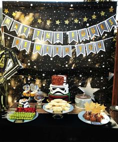 Check Out The Cool Star Wars Birthday Party Love Cake See More