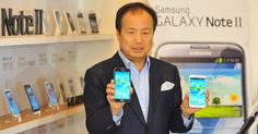 Smartphones and tablets meet in 'phablet' mania