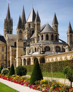 Landscape Architecture, Mansions, House Styles, Beautiful, Photography, Iglesias, France, Castles, Cathedrals