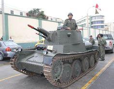 Documento gráfico: Desfile Militar 2014 en el 193º aniversario de la Independencia del Perú