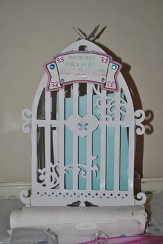Birdcage for the wedding cards