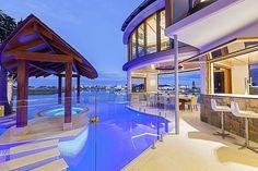 Central Beach House by Mark Gacesa