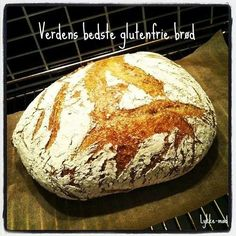 World's best gluten free bread (recipe in Danish) Best Gluten Free Bread, Lactose Free Recipes, Gluten Free Baking, Sin Gluten, Baking Recipes, Snack Recipes, Danish Food, Vegan Bread, Foods With Gluten