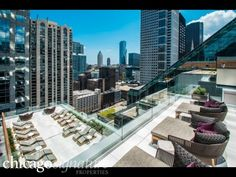 111 W. Wacker (One Eleven Wacker) Luxury apartments Downtown Loop Chicago - Chicago Signature Properties Real Estate