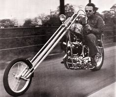 Psychedelic SPortster Chopper Pictures - Page 46 - The Sportster and Buell Motorcycle Forum Sportster Chopper, Chopper Motorcycle, Motorcycle Style, Motorcycle Garage, Biker Style, Classic Harley Davidson, Harley Davidson Chopper, Harley Davidson Motorcycles, Custom Choppers