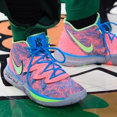 rocking a new colorway of the Nike Kyrie 5 for Round Game 📸: Kyrie Irving Basketball Shoes, Kyrie Irving Shoes, Girls Basketball Shoes, Volleyball Shoes, Basketball Sneakers, Sports Shoes, Sneakers Nike, Kyrie Sneakers, Basketball Accessories
