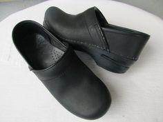 Dansko women shoes 37 / 6.5 - 7 Black Leather #Dansko #Clogs #Casual