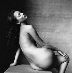 Irving Penn photographs Kate Moss....