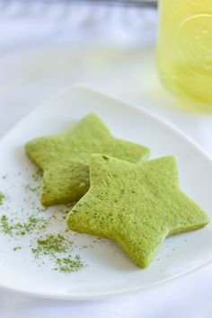 Matcha Green Tea Sugar Cookies ⅔ cup butter, softened ¾ cup granulated sugar 1 egg 1 tsp vanilla extract 1¾ cups all-purpose flour 2 tbsp matcha green tea powder 1 tsp baking powder ½ tsp salt