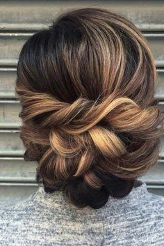 Trendy Hairstyles for Medium Hair pic 1 mother of the bride